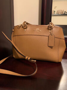 Handbags for Sale in NEW CONDITION (Coach/ Michael Kors)