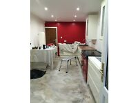Kitchen fitter / bathroom fitter