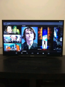 """32"""" SONY LED TV in perfect condition"""