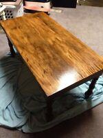Gorgeous Coffee Table & 2 End Table set.