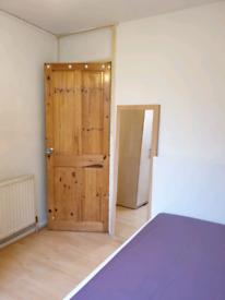 Single room to let Dockland E143ER