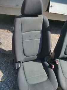 Kia Spectra5 Driver and Passenger Seats with air bag  Windsor Region Ontario image 3