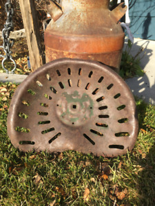 ANTIQUE TRACTOR SEAT