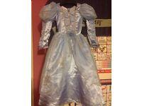 Fancy princess dress size 5-6 y new
