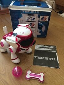 HARDLY USED TEKSTA ROBOTIC PUPPY 4G IN PINK