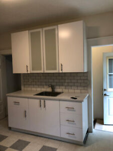 House Rooms for rent - Main Floor & Basement, 1+1 Bedroom