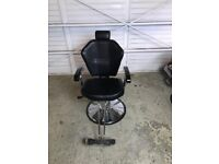 Barber chair / washbasin