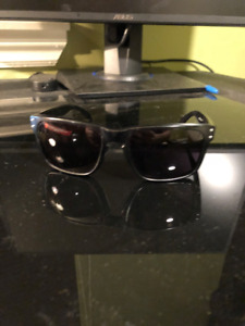 Oakley Holbrook Sunglasses | Great Condition
