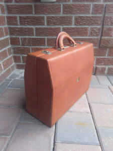 Bjorn Borg Design Group Vintage Leather Hard-shell Briefcase