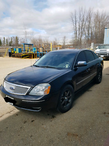 Clean Ford 500 Five Hundred Limited AWD Loaded Low KMS
