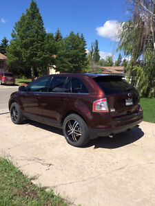 REDUCED  2010 Ford Edge Limited AWD SUV