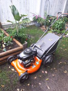excellent like new gotta go asst yard tools and supplies