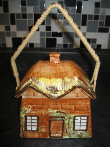 Price Kensington COTTAGE WARE Wicker Handle Biscuit/ Cookie Jar