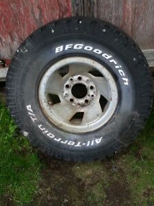 "32`` BF Goodrich on FORD 1/2 ton 15"" Steel Rim"