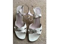 Women's white sandals with heel. Size 7