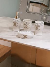 Bathroom accessories set brand new