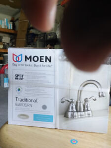 MOEN 2 HANDLE BRUSHED NICKEL WASHROOM FAUCET WITH POP-UP DRAIN
