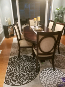 Entire dining room for sale!!!