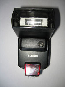 Canon Speedlite 420EZ Flash - Made in Japan