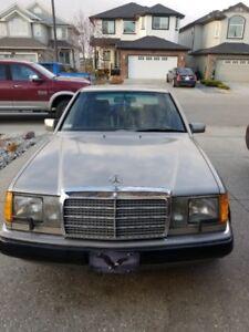 1991 300E Mercedes Sedan, Excellent Condition
