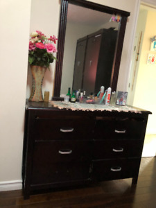 oakwood dresser with mirror