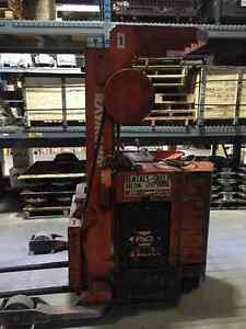 Raymond Reach truck - forklift - stand up Kitchener / Waterloo Kitchener Area image 2
