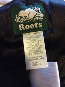 Youth XL Roots trapper hat London Ontario image 5