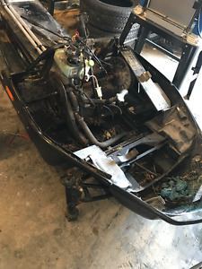 1994 Arctic Cat ZR580 chassis with lots of parts