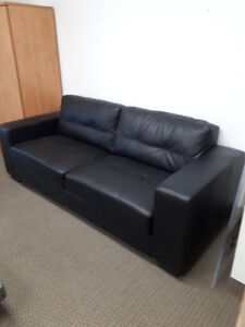 Pellissima Love Seat - Office Furniture so excellent condition
