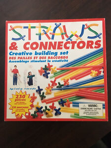Straws & Connectors Building sets; Regular and GLOW IN THE DARK!