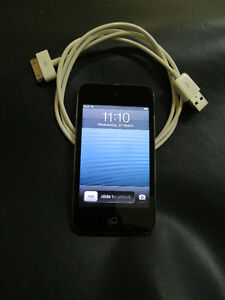 4th Generation 8 GB IPod Touch For Sale At Nearly New Port Hope