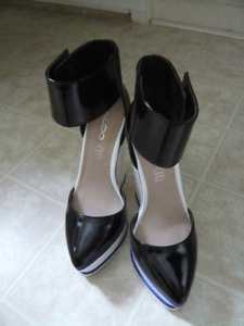 ALDO Black and White Patent Leather Wedges