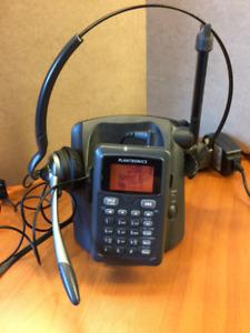 Plantronics DECT 6.0 Model CT14 Cordless Headset Phone