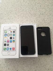 I phone 5S 64 gig with Rogers