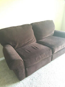 Great condition 2 piece sofa suite