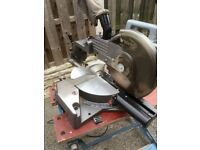 Mitre sliding saw 1800w and work bench