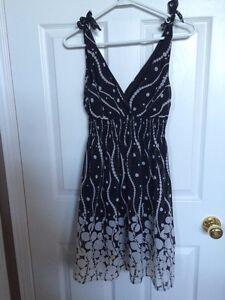 Women's Dresses Cambridge Kitchener Area image 4