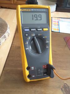 Fluke Digital Multimeter | Buy New & Used Goods Near You