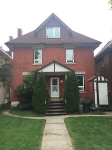 Bright 2 Bedroom Unit - Available Immediately