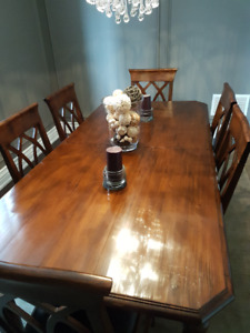 Solid Antique Pine Table Set with Buffet