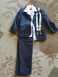 Boys Black suite size 5T