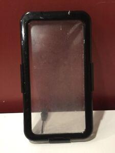 iPhone 6/6S + plus (the big one) underwater case London Ontario image 1