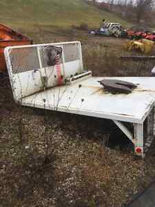 FLAT DECK WITH FIFTH WHEEL PLATE ONLY $1500