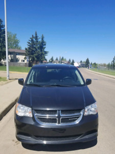 2014 Dodge Grand Caravan SXT stow&go for sale