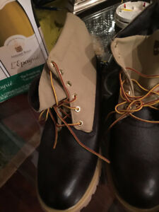Timberland boots size 13, black and tan