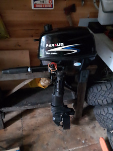 Parson 5HP outboard 4 Stroke With extra Prope