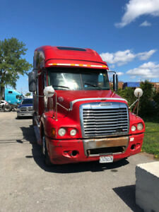Freightliner Century: 2005 for Sale - $12000