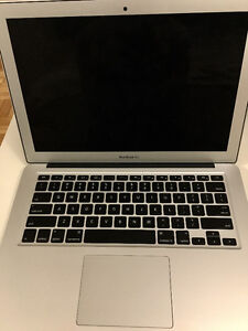 "Macbook Air 13"" Amazing Condition"