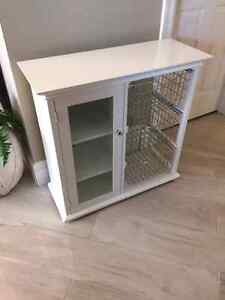 White storage organizer/unit