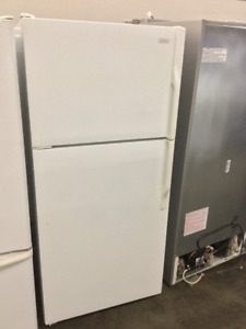 "32"" White Magic Chef Fridge and Freezer"